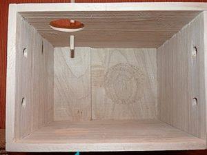 Гнездовой домик изнутри