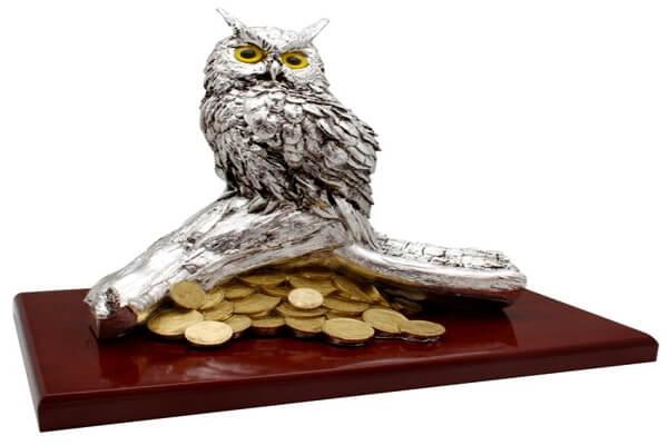 Статуэтка совы в доме как финансовый оберег